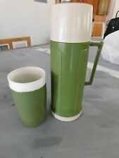 Thermos king seeley pint size vintage olive green plastic hot cold beverage cup