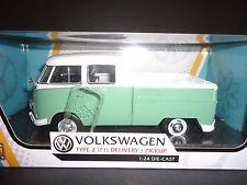 MOTORMAX VOLKSWAGEN TYPE 2 T1 ENTREGA Camioneta blanco y verde 1/24 79343