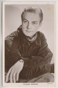 Cinema Star postcard - Richard Denning - (A19)