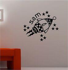 nom avec fusée et Étoiles Sticker de CITATION Art Mural Vinyle Chambre d'enfant