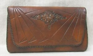ARTS AND CRAFTS HAND MODELED LEATHER CLUTCH MADE BY MEEKER