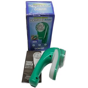 Conair Battery Operated Fabric Defuzzer/Shaver, Green CLS1G