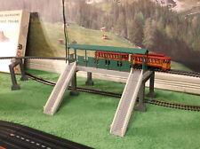 Nmint Life Like City Express Elevated Passenger Train Track Set Station