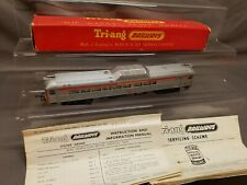"""TRIANG R352 TRANSCONTINENTAL RED & SILVER """"BUDD"""" RAIL POWER CAR 31018 EXC BOXED"""