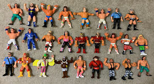 WWF Hasbro Lot Of 26!! Actions Don't Work.  S8 Bret HBK LOD Hogan Warrior Macho