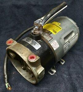 GAST DRY VANE VACUUM PUMP MOD# 0322-V125-G314DX, 230V, Tested, working perfectly