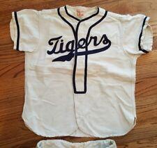 Wilson Sports Equipment Vintage Youth Baseball Uniform 1940? Detroit Tigers