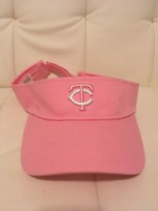 Minnesota Twins Christopher Banks Stadium Giveaway Pink Visor Cap, New