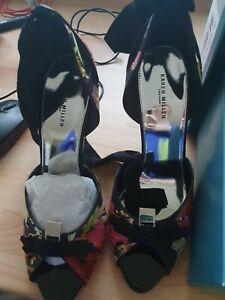 Ladies Karen Millen High Heeled Shoes - BNIB - Size 7 RRP £125 Black Floral
