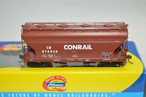 HO scale Athearn RTR Conrail RR ACF 2970 2 bay covered hopper car train