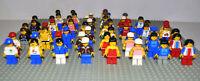 Lego Figuren 11x korrekt zusammengesetzt inkl. Kopfbedeckung / Haare City / Town