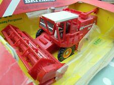 BRITAINS FARM 9570 MASSEY FERGUSON COMBINE HARVESTER   LOVELY; BOX POOR