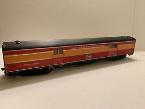 Athearn HO scale SP Daylight 72' Baggage Car, #SP3609, In Original Box