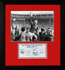 ENGLAND 1966 WORLD CUP WINNERS FULLY SIGNED  BOBBY MOORE CHARLTON HURST PETERS