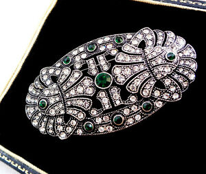 BEAUTIFUL STATEMENT ART DECO STYLE CLEAR & EMERALD PASTE COCKTAIL BROOCH