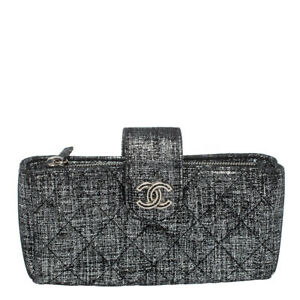EUC Auth. CHANEL Metallic Fabric Quilted Phone Clutch Pouch CC Logo Silver Black