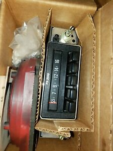 1978 NOS Jeep CJ 5 7 Radio / Speaker Kit