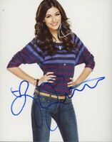 "Victoria Justice ""VicTORIous"" AUTOGRAPH Signed 8x10 Photo ACOA"