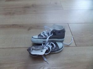 INFANT BOYS CONVERSE ALLSTAR TRAINER BOOTS SIZE 9 EURO 25