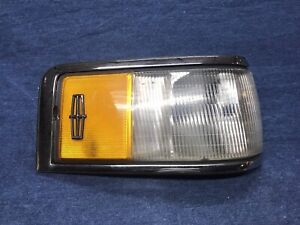 1990-1994 Lincoln Town Car Right Side Park Lamp Turn Light REAL FORD PART