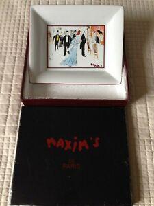 Maxims de Paris ceramic pin dish.