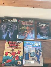 Mixed Lot of 5 CITY OF SPIES Kungfu Robot WITCH & WIZARD Missile Mouse Graphic