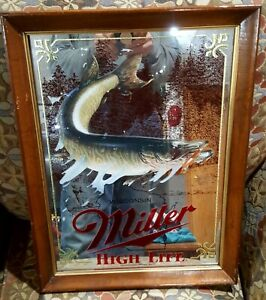 MILLER BEER MIRROR WILDLIFE SPORTSMAN SERIES MUSKIE FISHING 1ST EDITION