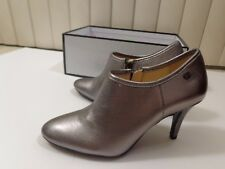 NEW CALVIN KLEIN JENNY  METALLIC LEATHER WOMAN ANKLE BOOTS HEELS  5M  35