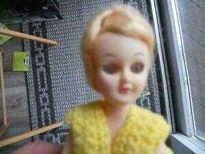 """Plastic Doll 8"""" Toilet Paper Cover Blonde/Sleepy Eyes/Crochet Dress"""