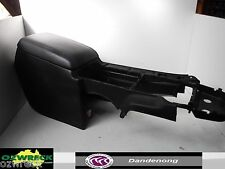 2006 HOLDEN COMMODORE WL STATESMAN INTERNATIONAL LEATHER CENTRE CONSOLE