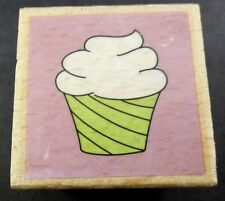 Hampton Art Frosted CUPCAKE Mounted Rubber Stamp 2010 Unused