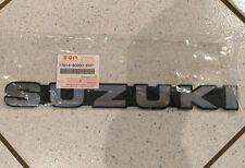 New Genuine Suzuki Vitara Samurai Emblema Insignia Para SJ Plata 77814-80000-8VP
