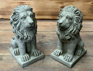STONE GARDEN PAIR OF SMALL PROUD LION ORNAMENTS