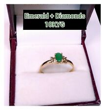 (1/2 CT.) .50PTS OVAL EMERALD & DIAMONDS SET IN A 10K YELLOW-GOLD RING!
