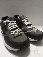 Skechers Sport Memory Foam Size 9.5 Men's Sneakers Instant Comfort  Gray & Black