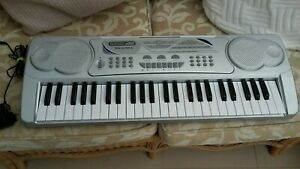 Acoustic Solutions MK-4100A Childs Electronic Keyboard, 49 Keys, full wkg order