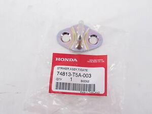 Genuine OEM Honda 74813-T5A-003 Tailgate Striker Assembly 15-17 Fit 16-17 HR-V