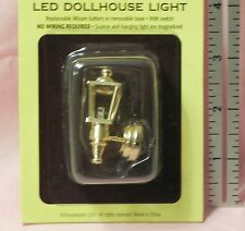 Dollhouse Miniature Coach Light Lamp LED has Battery Houseworks 1:12 Scale