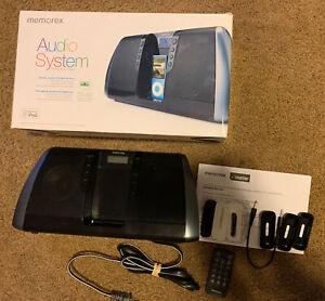 Memorex Black Digital Audio System for iPod Mi3020BLK GUC, All Parts & Box