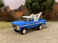 1979 Ford F-250 4x4 Lifted Custom 1/64 Diecast Tow Truck Off Road Mud Wrecker