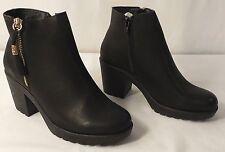 Krush Amy Fringe Trim Block Heel Chelsea Boot, Black Gold Accents, Size 5