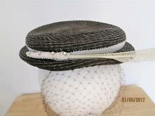 VINTAGE JULI-KAY CHICAGO WOMENS BROWN STRAW HAT WITH FEATHERS & RHINESTONES