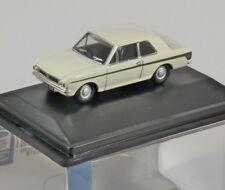 Oxford Diecast 76COR2008 Ford Cortina Mk2 in Ermine White/sherwood Green 1 76