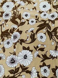 1970s Stunning medium Weight  Fabric , ideal for cushions , Upholstery Ect