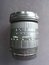 SIGMA Aspherical Objektiv 28-200 mm 3.8-5.6 AF f. Canon EOS