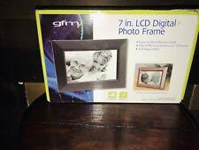 "GFM 7"" HD Digital Picture Frame 2 Frames: Plays VIDEO & MUSIC: Built In Speaker"