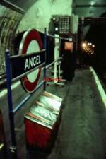 PHOTO  1992 ANGEL RAILWAY STATION ISLAND PLATFORMS  WHEN ORIGINALLY BUILT IN THE