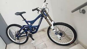 Mountainbike Downhill Specialized demo 8 II