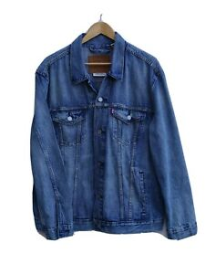 """Immaculate LEVI STRAUSS / LEVI'S Men's Denim Jacket size XL / Fit 46"""" WORN ONCE"""