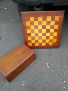 "Vintage DRUEKE Chess Board 17 3/4x 18"" and Boxed Chessmen Set King 3 3/4"""